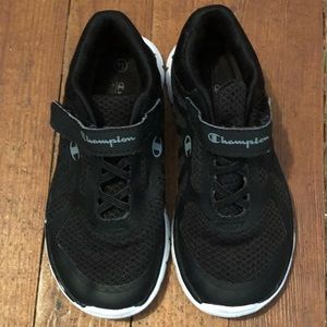 Champion black memory foam sneakers